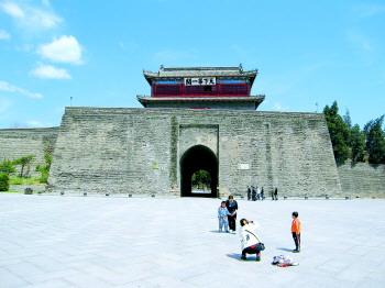上海市东方明珠广播电视塔主要存在安全隐患